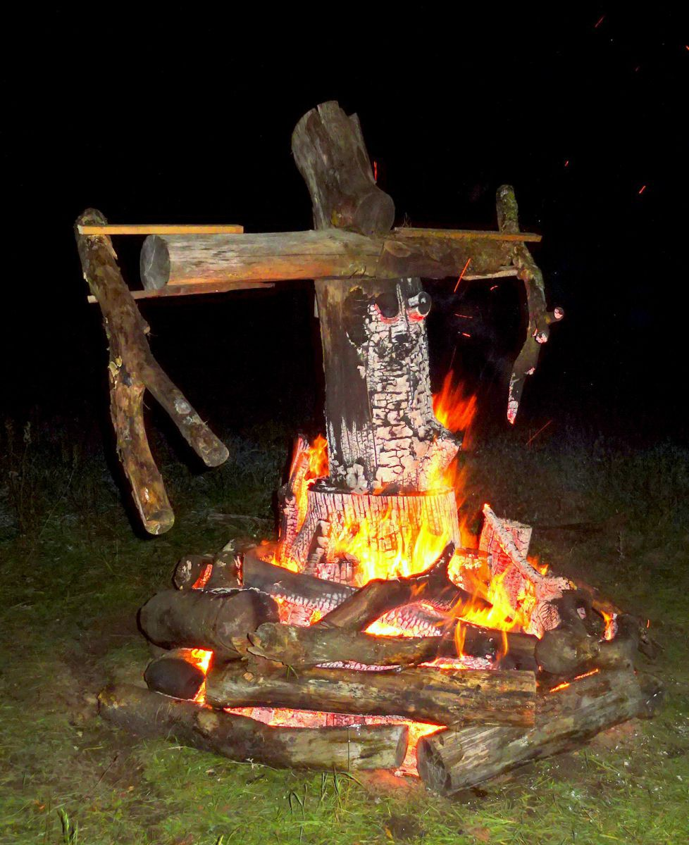 Unser Burning Woman, ausgedacht und gebaut von Vincent, Ronny, Marvin, Tim, Leon und Ramtin